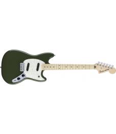 Fender® Mustang, Maple Fingerboard, Olive