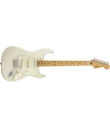 Fender® Player Stratocaster®, Maple Fingerboard, Polar White, No Bag