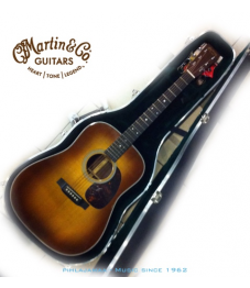 Martin Standard HD-28 Ambertone Shaded Top, Sis. ABS Case